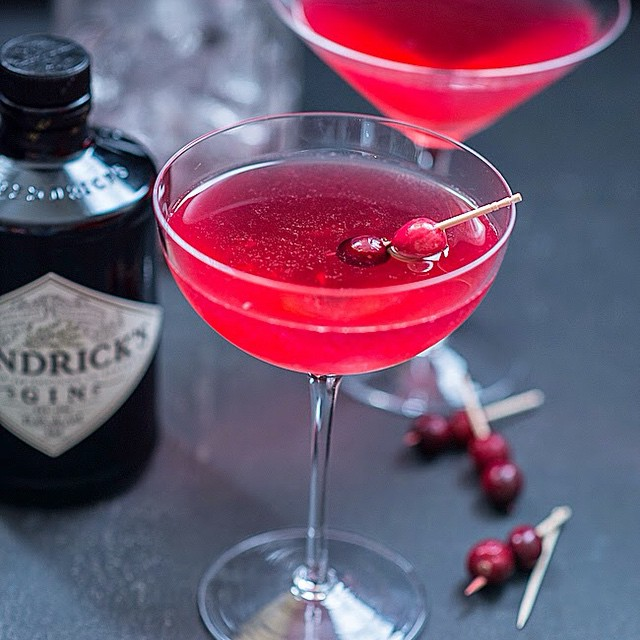 The Red Queen A Cranberry, Elderflower And Gin Cocktail