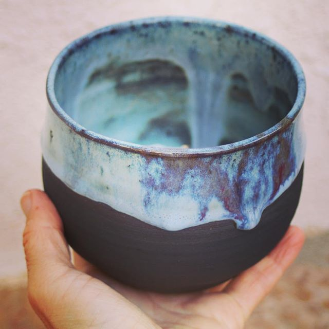 The glaze effects on this tea bowl will make your tea drinking a #visual experience...