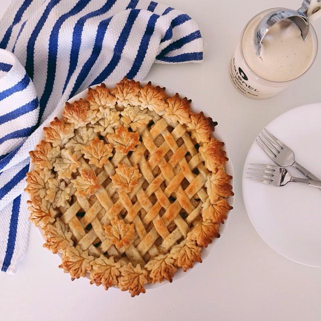 Rose Apple Pie With Lattice Crust