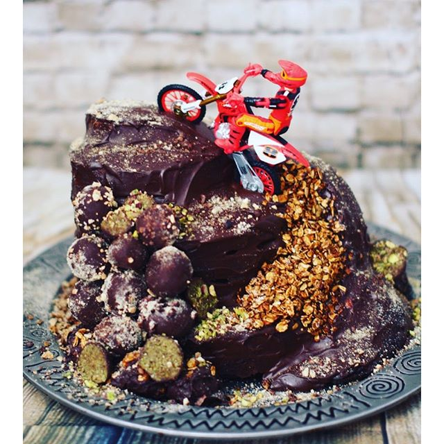 Dates Birthday Cake