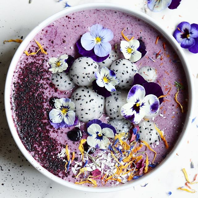 Blueberry Smoothie Bowl With Dragon Fruit And Edible Flowers