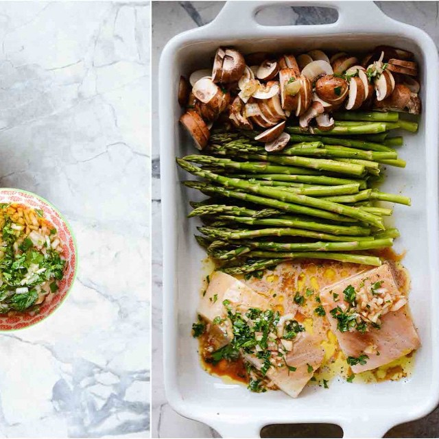 Eating healthy can be easy. Try out this sea bass + asparagus + mushroom recipe. Oh- so Easy!  You…