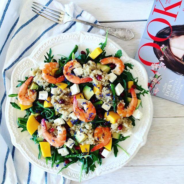 Shrimp, feta, mango, rucalo,quinoa,pomegrante seeds, avo, aspargus and olive oli with creamy…