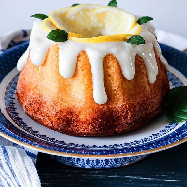 Lemon Cream Bundt Cake