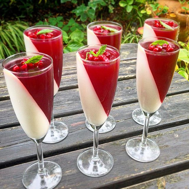 Vanilla & Yoghurt Panna Cotta With Pomegranate Jelly ...