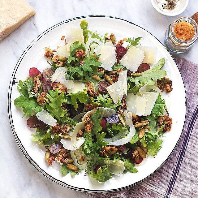 Grape & Fennel Arugula Salad With Savory Granola