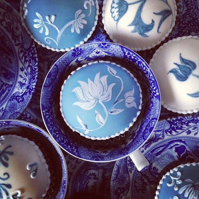 hand painted blue China inspired cupcakes