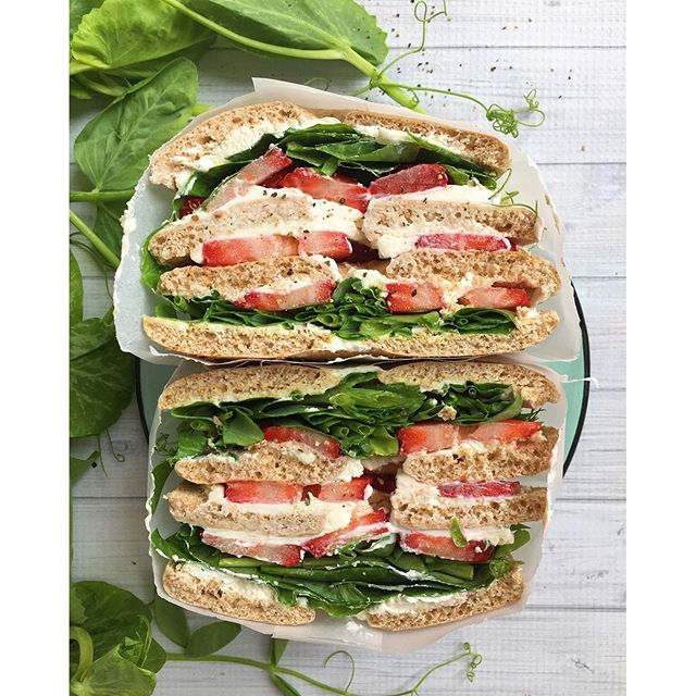 Cream Cheese Sandwich With Strawberries And Pea Tendrils