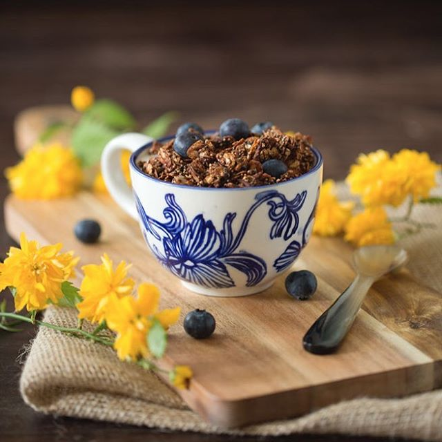 For all fellow chocolate lovers, Healthy Chocolate Granola, made with superfoods and all naturally…