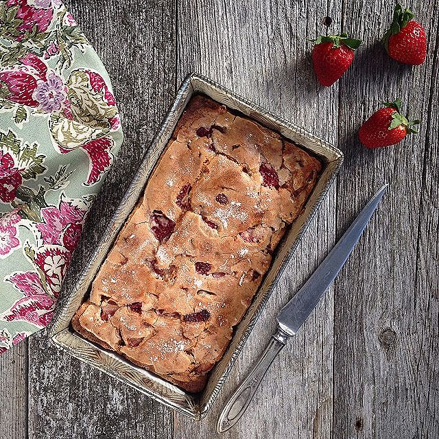 Strawberry bread for an afternoon snack. My daughter absolutely loves strawberries,so when I saw…