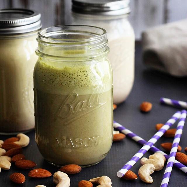 Nut Milk Mania