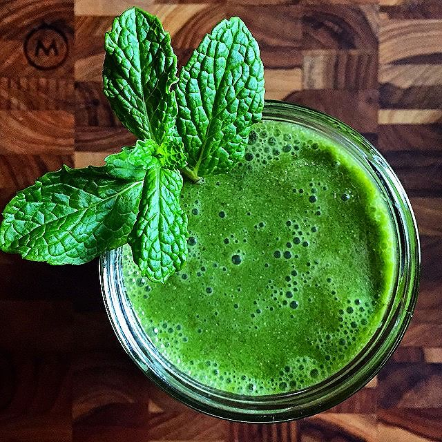 Green Vitamix Smoothie