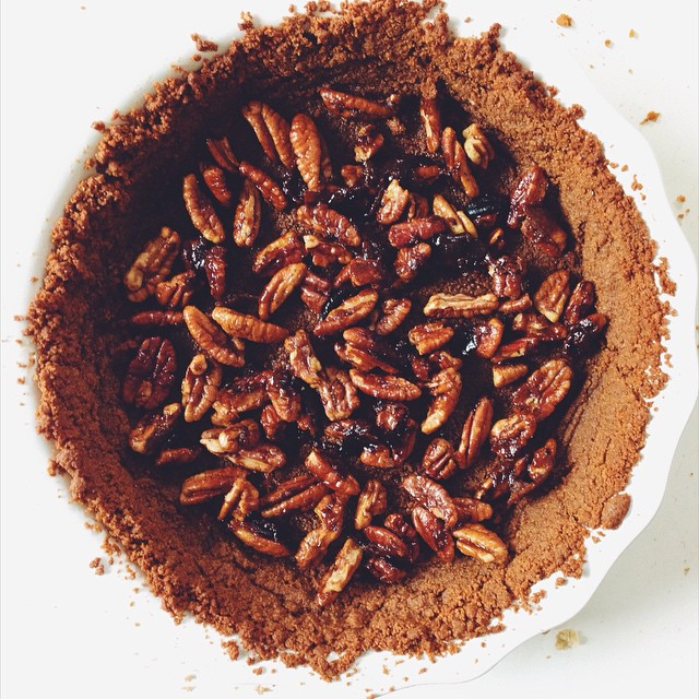 Brown Sugar Caramelized Pecan Pumpkin Pie With Gingersnap Crust