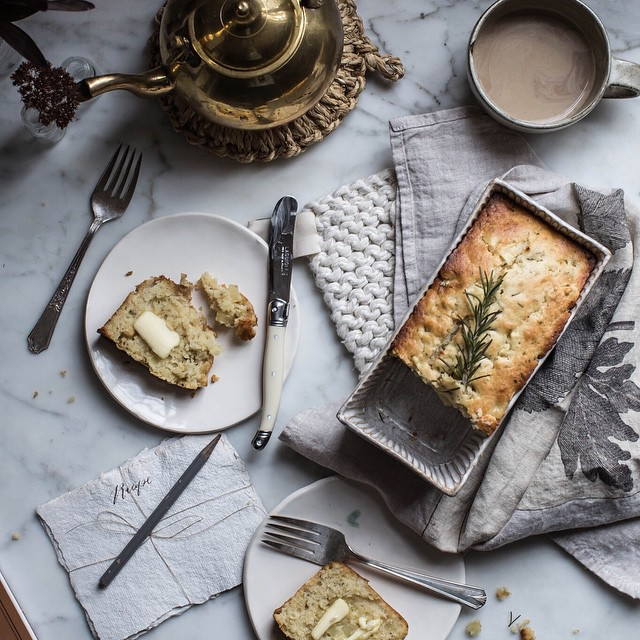 Apple & Rosemary Buttermilk Bread