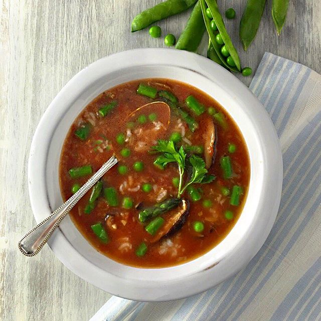 Crisp Spring Pea Minestrone Soup