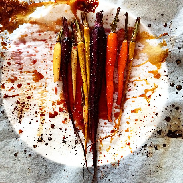 Spicy Honey-splattered Carrots