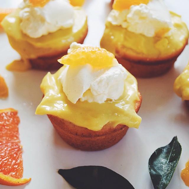 Orange Blossom Mini Cupcakes With Lemon Curd