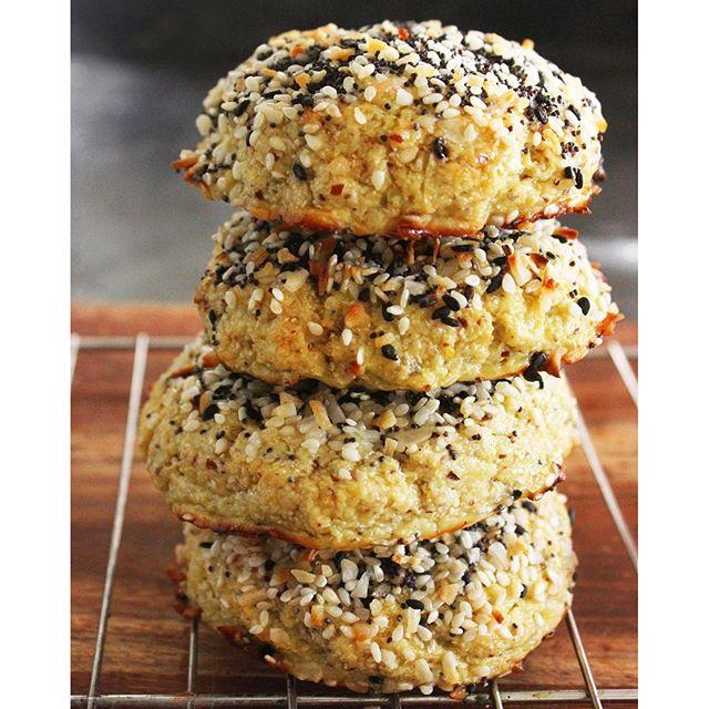 Everything Bagel Style Cauliflower Rolls