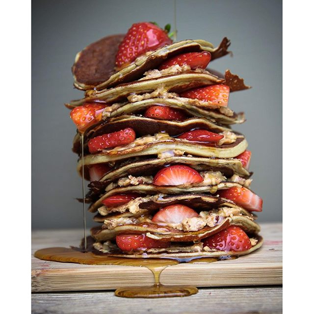 Banana Protein Pancakes With Peanut Butter And Strawberries