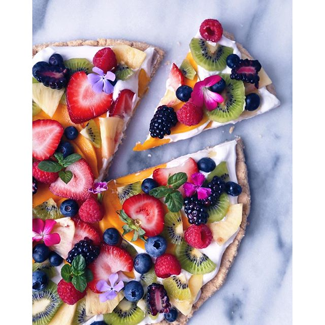 Tropical Fruit Pizza With Coconut Cream And Coconut Shortbread Crust