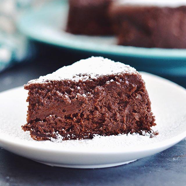 Food  Flourless Chocolate Cake