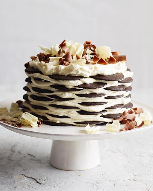Chocolate Wafer And Vanilla Whipped Cream Icebox Cake