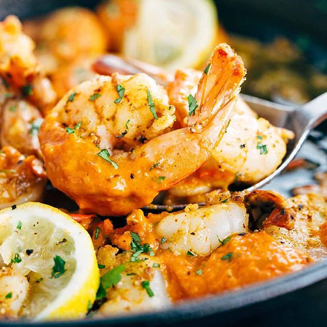 30 Minute Garlic Shrimp With Red Pepper Sauce