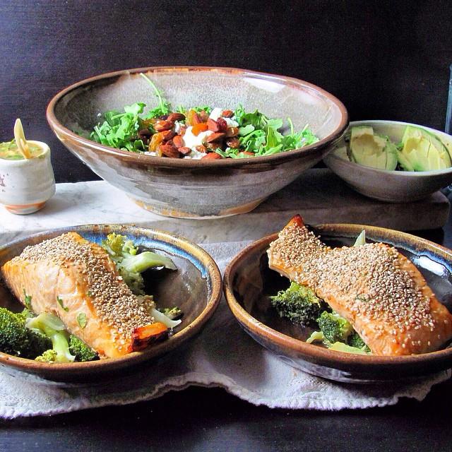 Sesame Ginger Salmon With Tahini Sauce And Broccoli