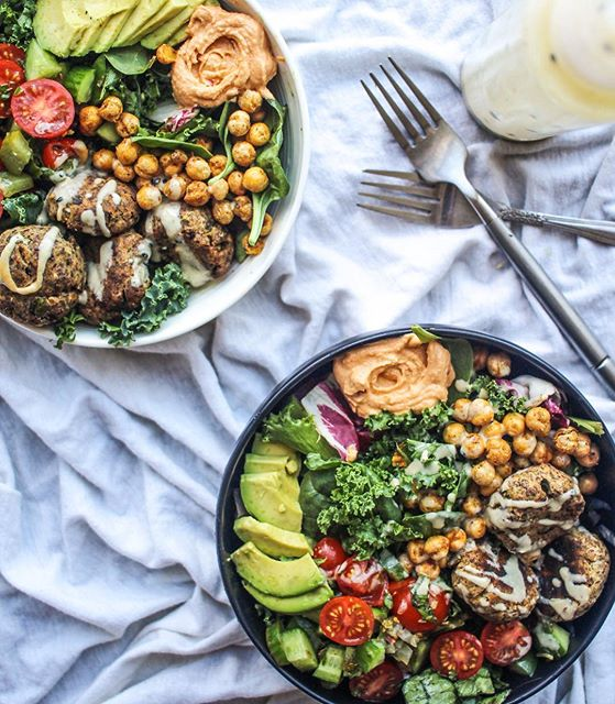 This salad is everything with these 5 ingredient falafel balls, tahini dressing, tabouli salad, and…
