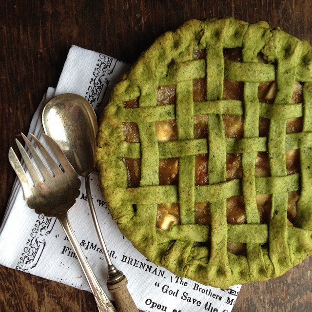 Apple Pie In A Lemon-kale Crust