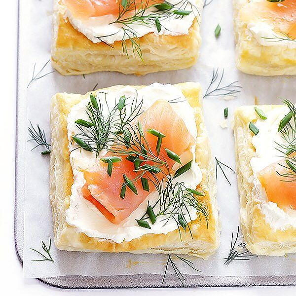 Smoked Salmon And Cream Cheese Puff Pastries