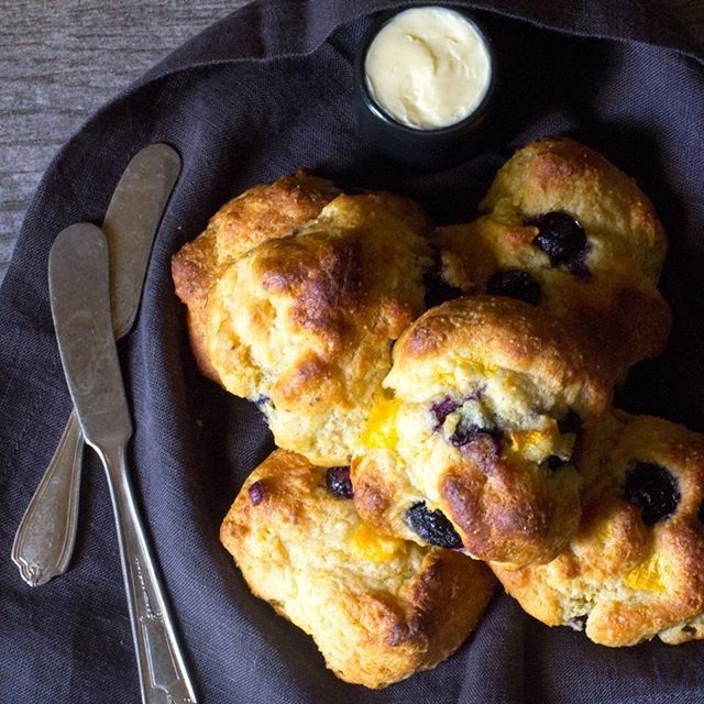 Peach Drop Biscuits with Blueberries, made with healthy einkorn flour (ancient grain!) and a little…