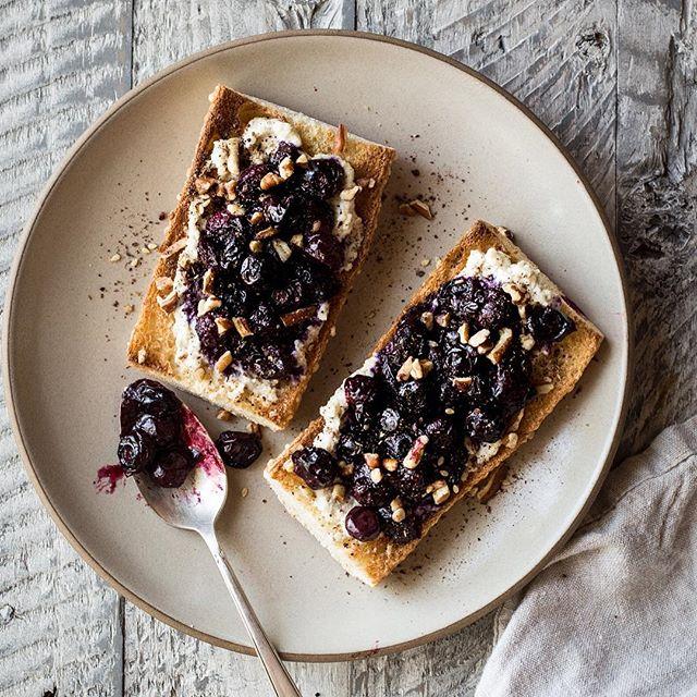 Roasted Blueberry Crostini With Honey Cashew 'ricotta', Za ...