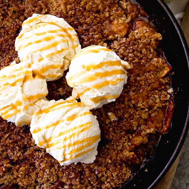 Grilled Caramel Apple Crisp