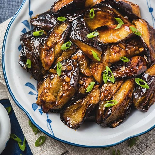 Chinese eggplant with garlic sauce thefeedfeed chinese eggplant with garlic sauce forumfinder Images