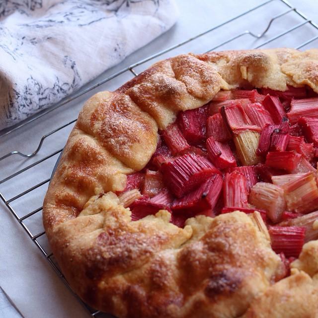Rhubarb Crostata