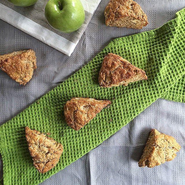 Apple & Cinnamon Buttermilk Scones