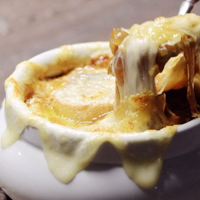 French Onion Soup With Swiss Cheese
