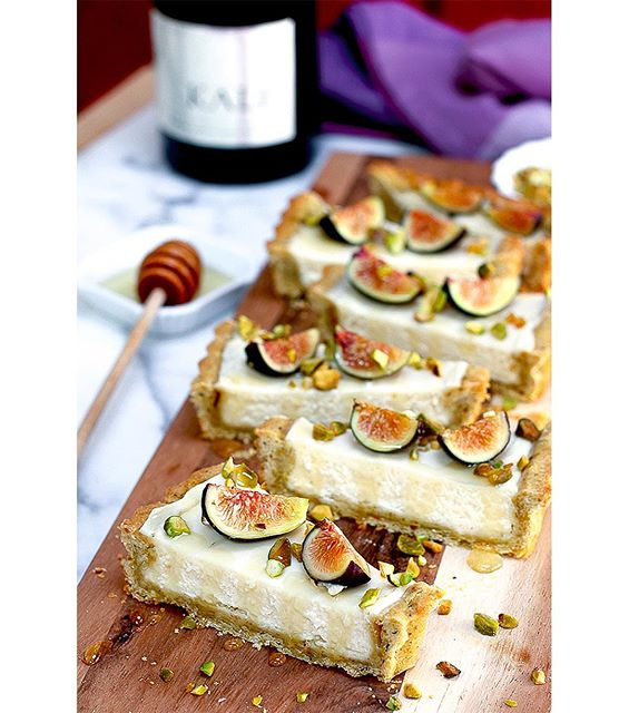 It's national kale day and I wish I was celebrating with this rich and luxurious Fig Mascarpone Tart…