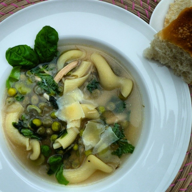 Green Vegetable & Basil Chicken Soup