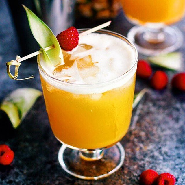 Making it to Wednesday is a feat! YOU deserve a cocktail! This Pineapple Raspberry Vanilla Vodka…
