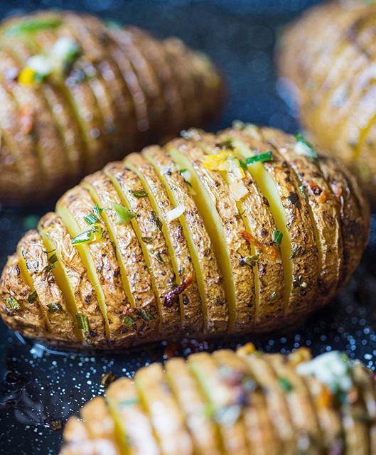 Roasted Hasselback Potatoes With Garlic, Rosemary And Lemon
