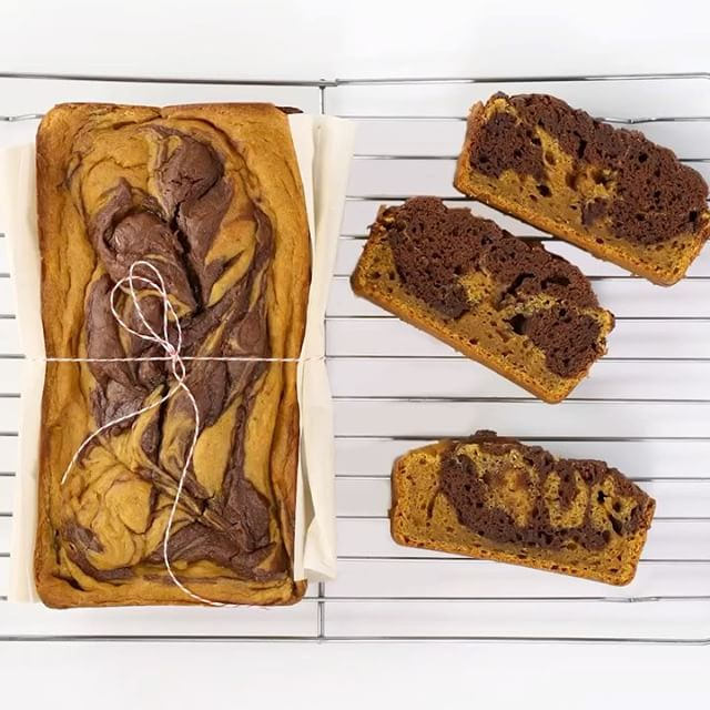 Marbling & browning butter have never been more fun! We made this delicious Marbled Pumpkin Bread w/…