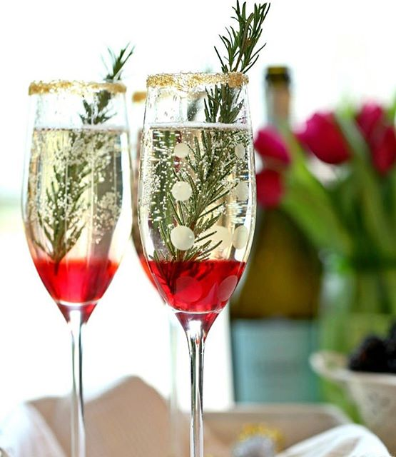 rosemary and raspberry champagne cocktail
