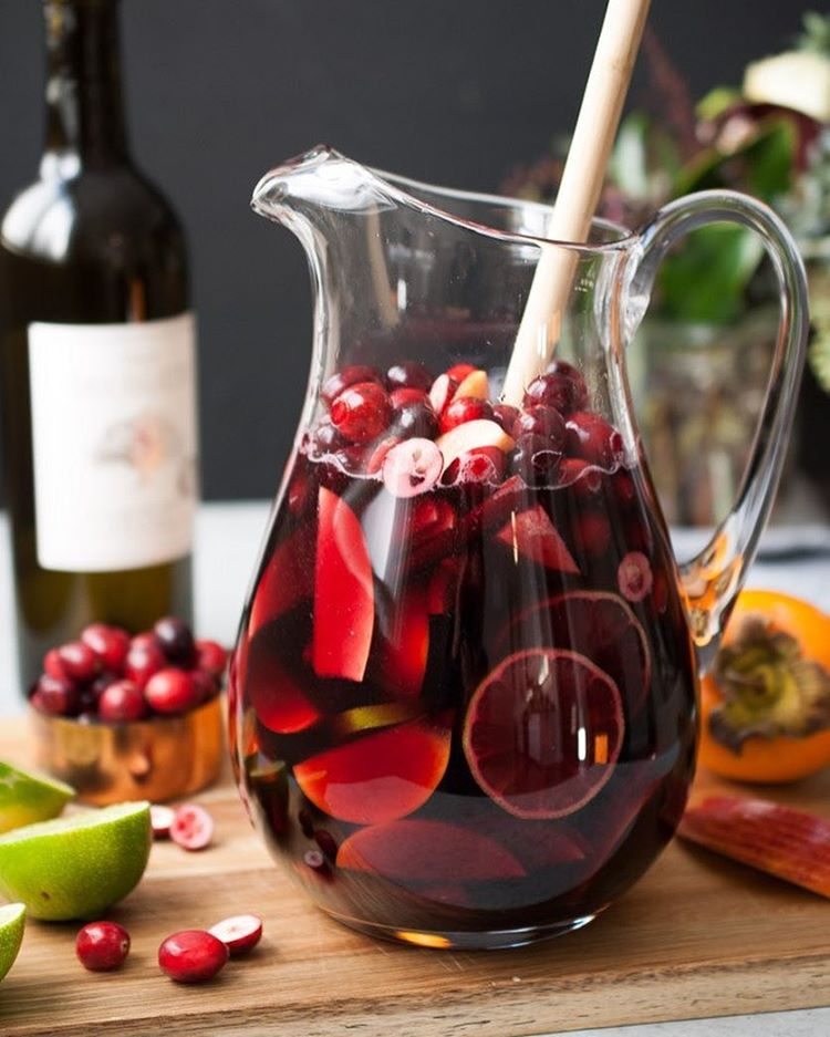 Holiday sangria with persimmon apple cranberry thefeedfeed holiday sangria with persimmon apple cranberry thecheapjerseys Image collections