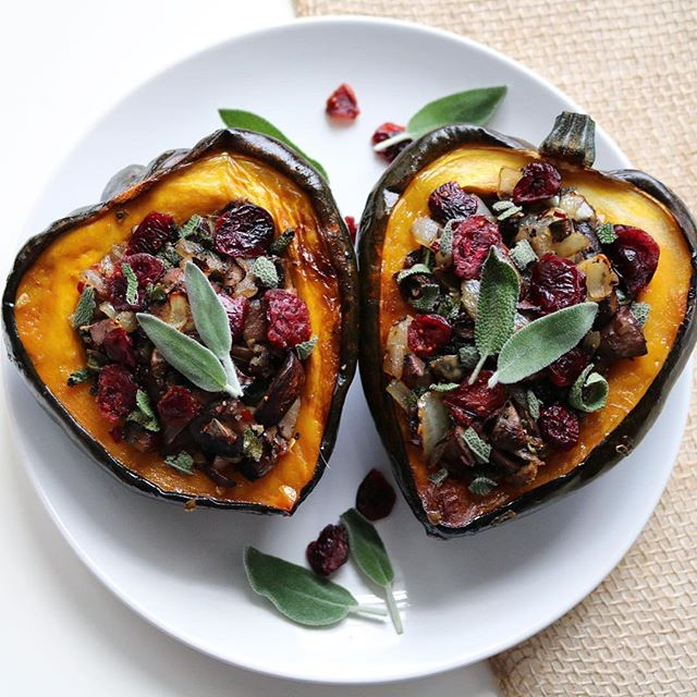 Mushroom, Sage And Cranberry Stuffed Acorn Squash