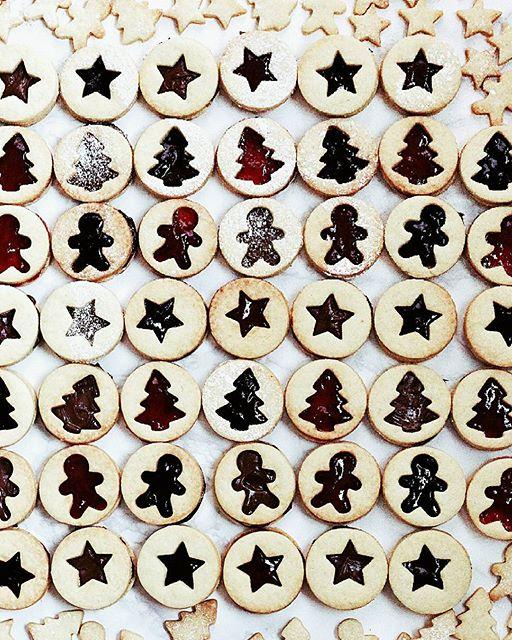 Spitzbuben (raspberry Jam Cookies)