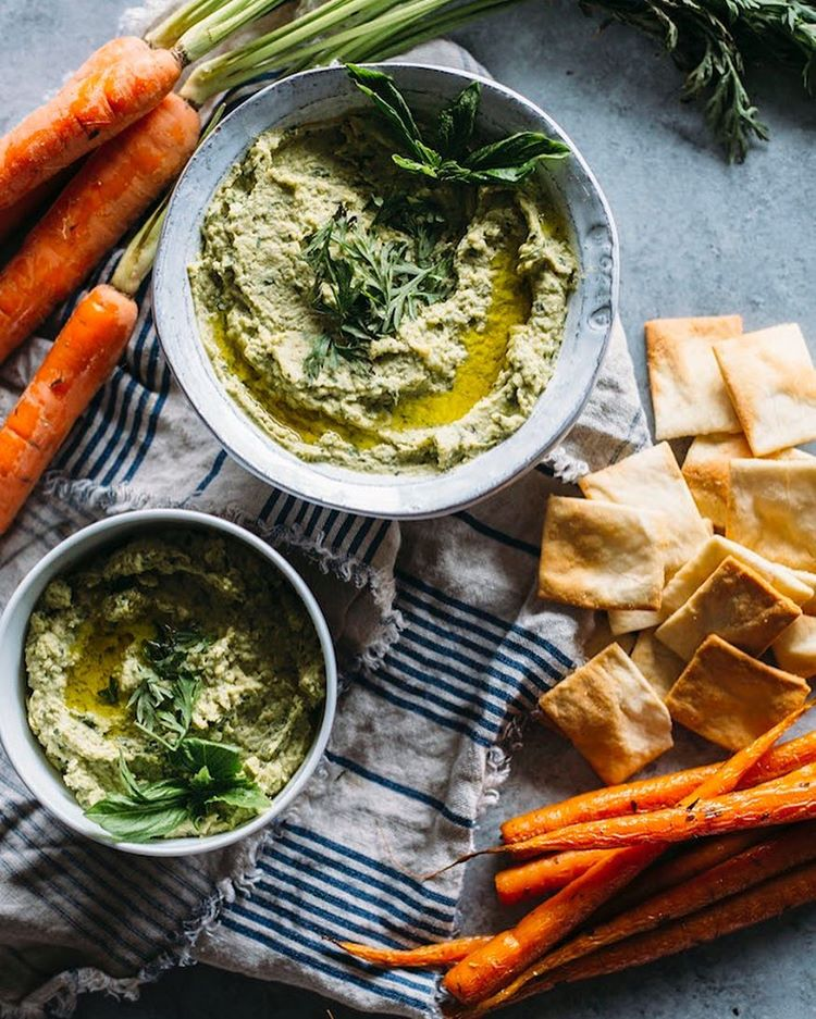 Need a healthy snack idea for the week? Make use of the entire carrot with this Carrot Top Pesto…