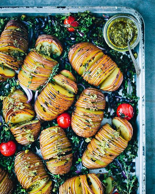 Roasted Hasselback Potatoes With Kale, Cherry Tomatoes And Pesto
