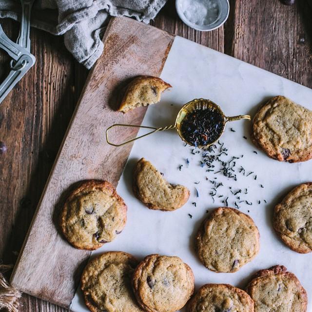 Cardamom And Earl Grey Chocolate Chip Cookies